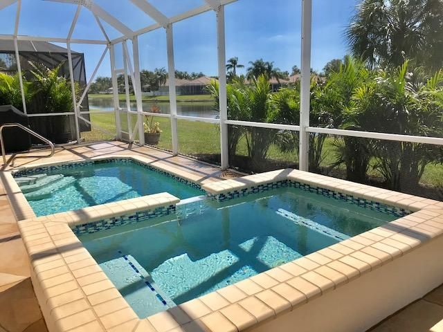8680 Pine Cay  West Palm Beach, FL 33411