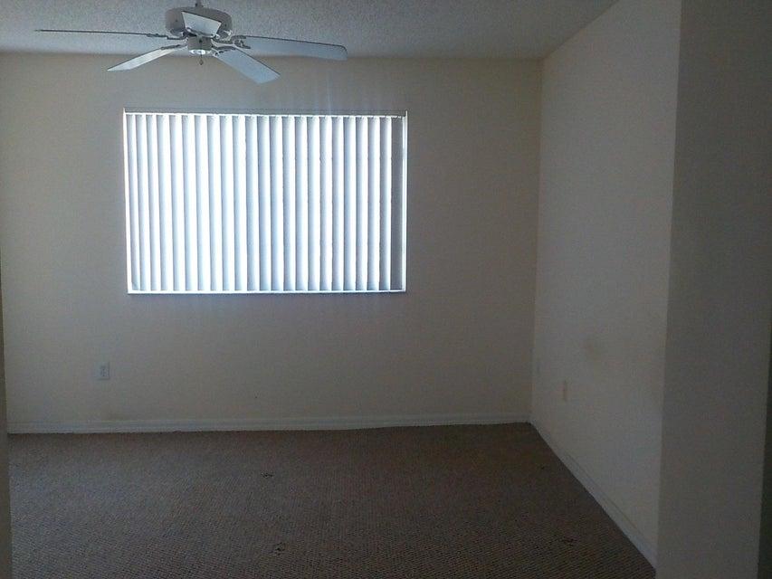 800 Crestwood Court 805 Royal Palm Beach, FL 33411 photo 14
