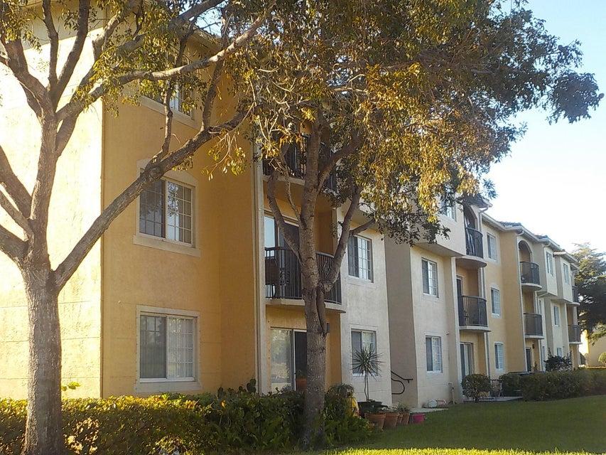 800 Crestwood Court 805 Royal Palm Beach, FL 33411 photo 16