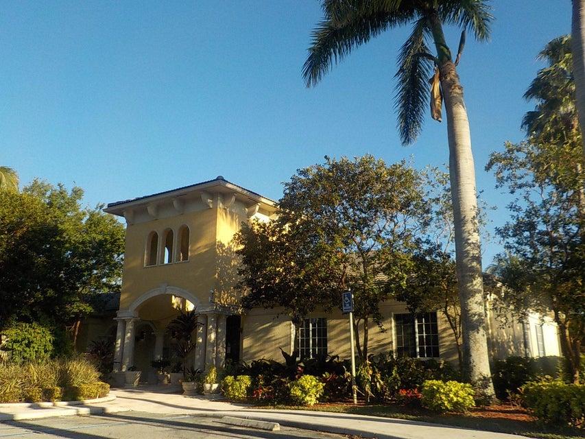 800 Crestwood Court 805 Royal Palm Beach, FL 33411 photo 17