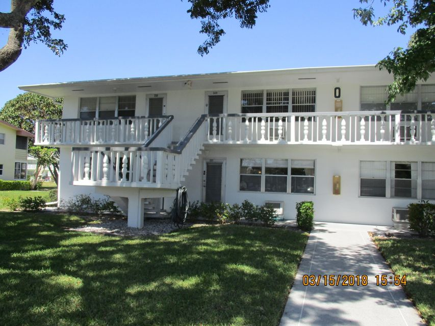 Condominium for Sale at 338 Windsor O 338 Windsor O West Palm Beach, Florida 33417 United States