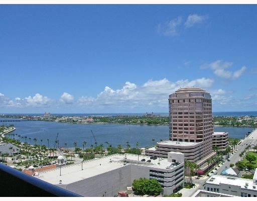 Condominium for Rent at 801 S Olive Avenue # 1107 801 S Olive Avenue # 1107 West Palm Beach, Florida 33401 United States