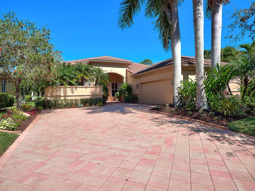 7887 Preserve Drive  West Palm Beach, FL 33412