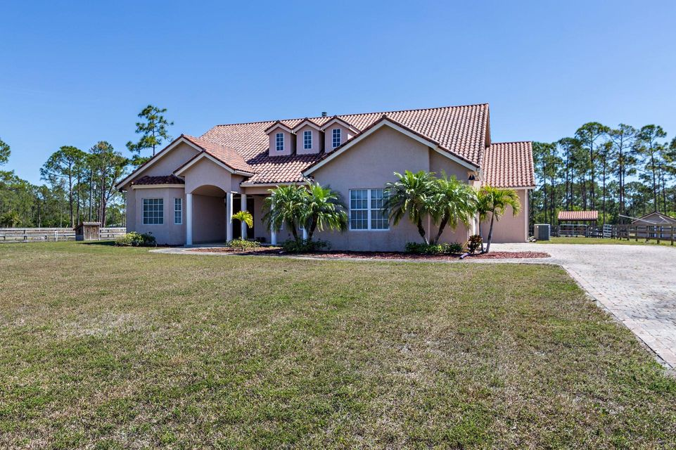 14064 Coco Plum Road , Palm Beach Gardens FL 33418 is listed for sale as MLS Listing RX-10415596 46 photos