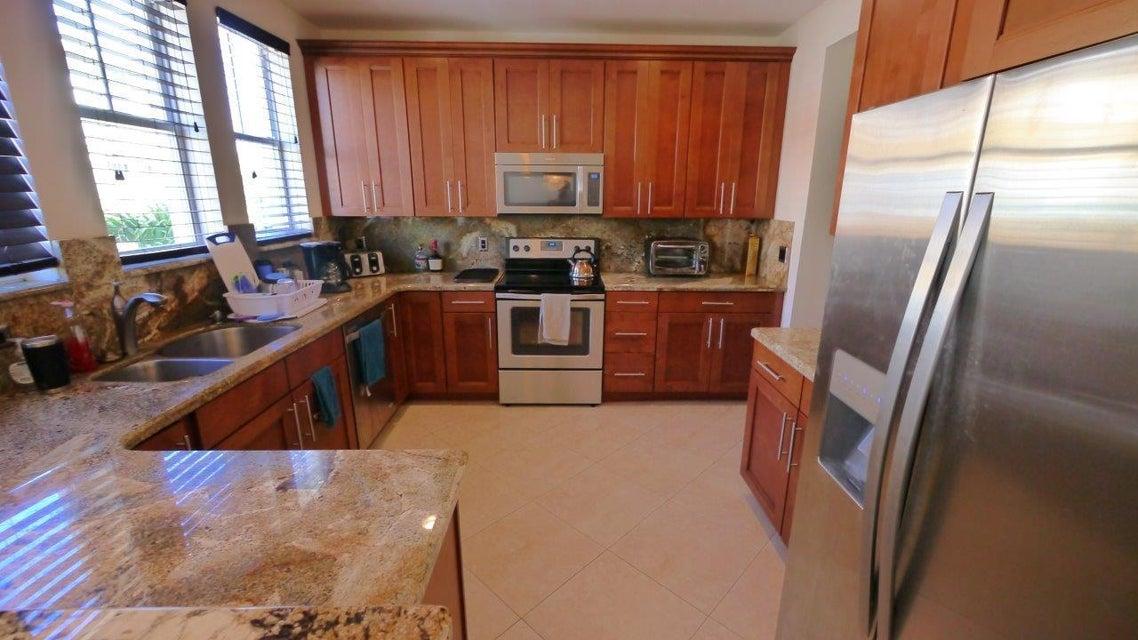 Condominium for Rent at 630 Amador Lane # 6 630 Amador Lane # 6 West Palm Beach, Florida 33401 United States