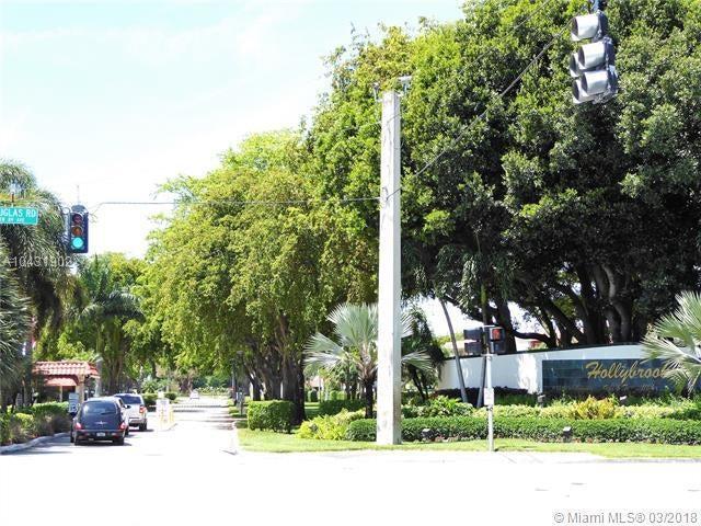 9651 Se Sandpine Lane