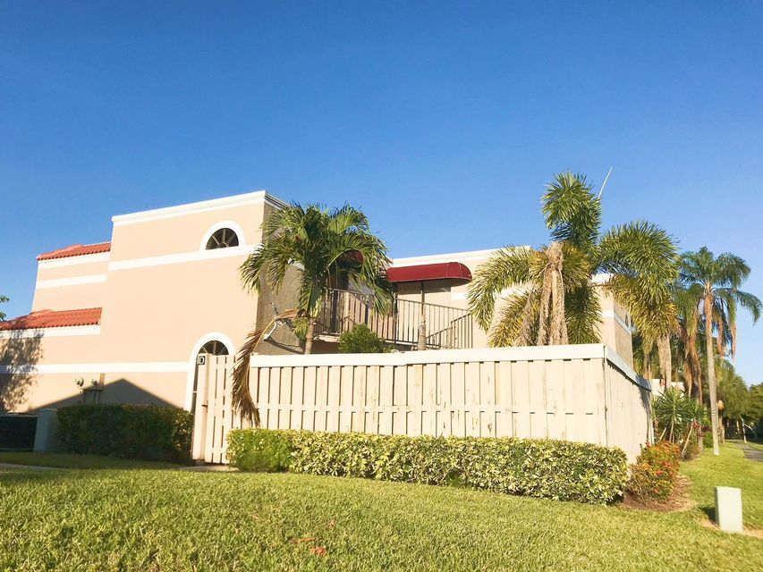 Townhouse for Sale at 4045 Village Drive # D 4045 Village Drive # D Delray Beach, Florida 33445 United States