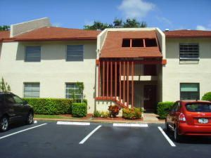 Villages Of Oriole Deauville Condo 14797 Cumberland Drive