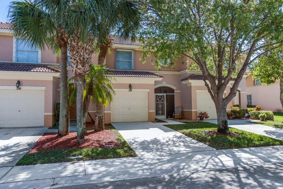 214 River Bluff Lane Royal Palm Beach, FL 33411 photo 3