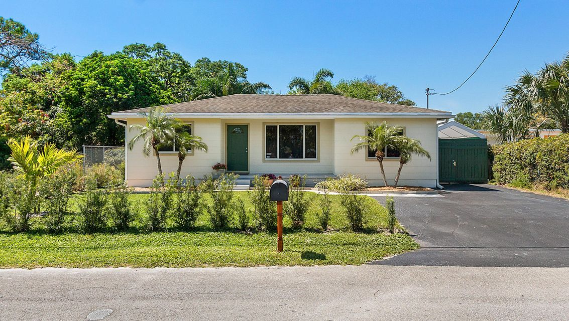 Home for sale in Mulberry Park In Lake Worth Florida