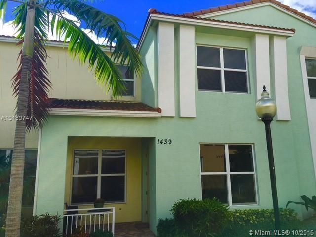 Townhouse for Rent at 1439 NW 48th Street 1439 NW 48th Street Boca Raton, Florida 33431 United States