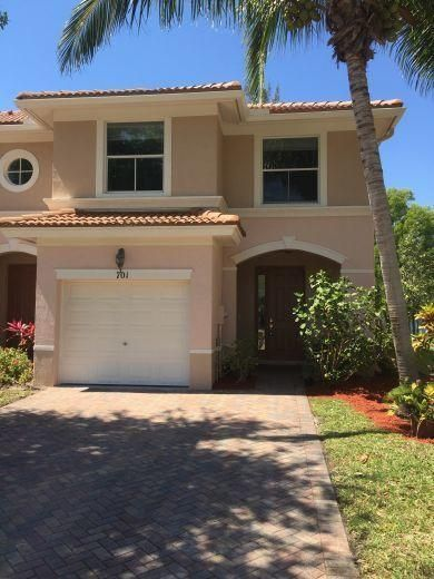 701 Seminole Palms Drive  Lake Worth, FL 33463