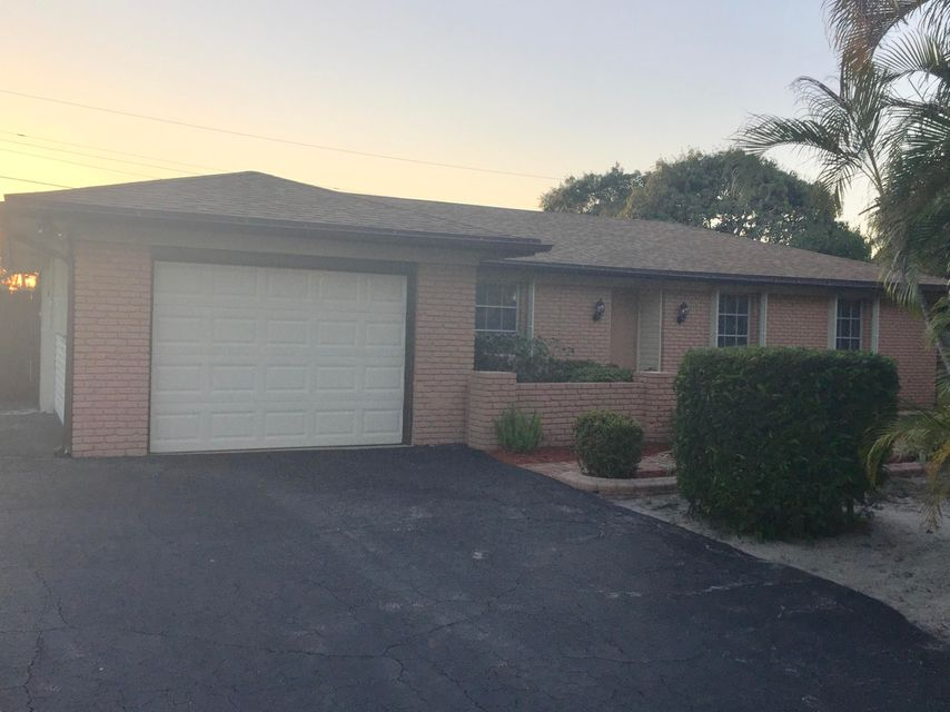 19343 Gulfstream Drive , Jupiter FL 33469 is listed for sale as MLS Listing RX-10415092 2 photos