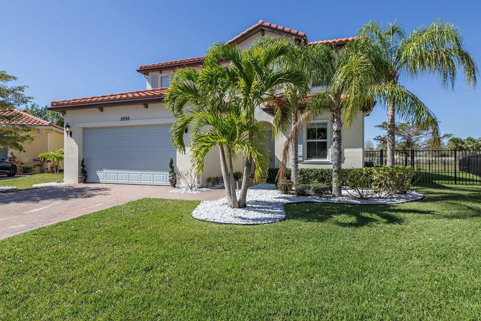 2095 Belcara Court Royal Palm Beach, FL 33411 photo 9