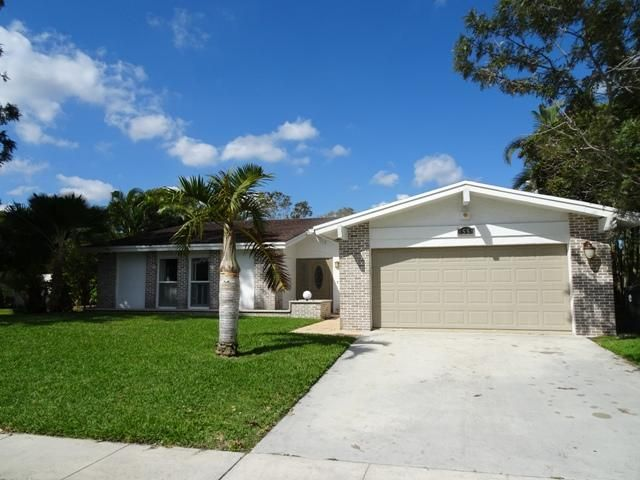 Single Family Home for Rent at 3555 NW 27th Avenue 3555 NW 27th Avenue Boca Raton, Florida 33434 United States