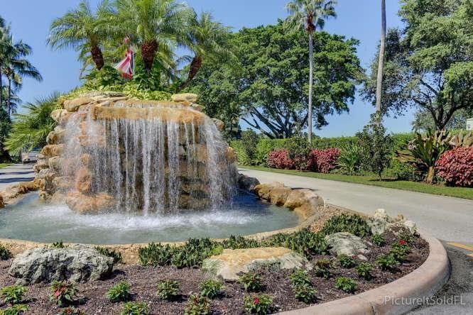 Condominium for Sale at 145 Atlantis Boulevard # 107 145 Atlantis Boulevard # 107 Atlantis, Florida 33462 United States