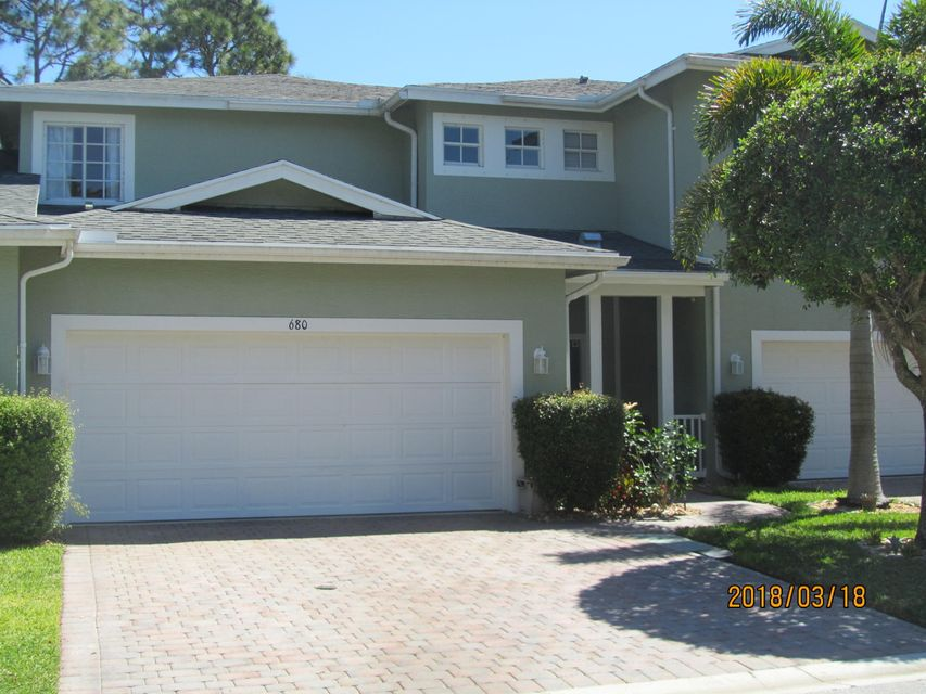 Townhouse for Sale at 680 NE Bent Paddle Lane 680 NE Bent Paddle Lane Port St. Lucie, Florida 34983 United States