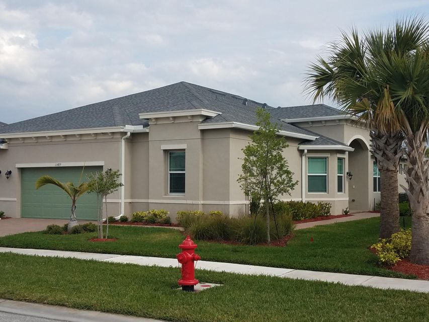 Townhouse for Sale at 11489 SW Lake Park Drive 11489 SW Lake Park Drive Port St. Lucie, Florida 34987 United States