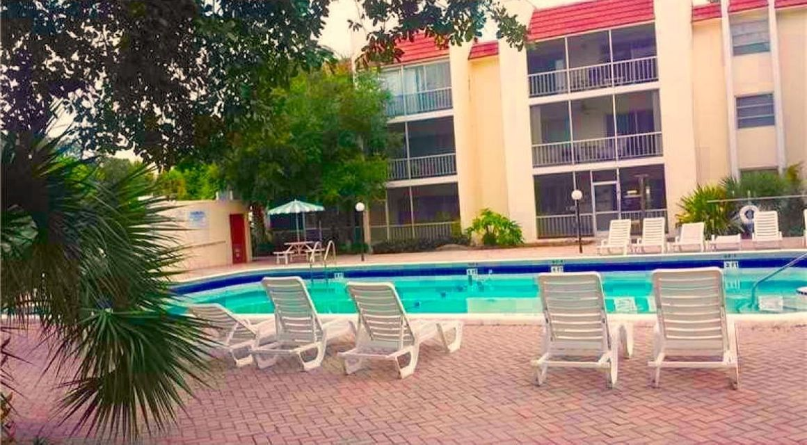Condominium for Rent at 634 NW 13th Street # 26 634 NW 13th Street # 26 Boca Raton, Florida 33486 United States
