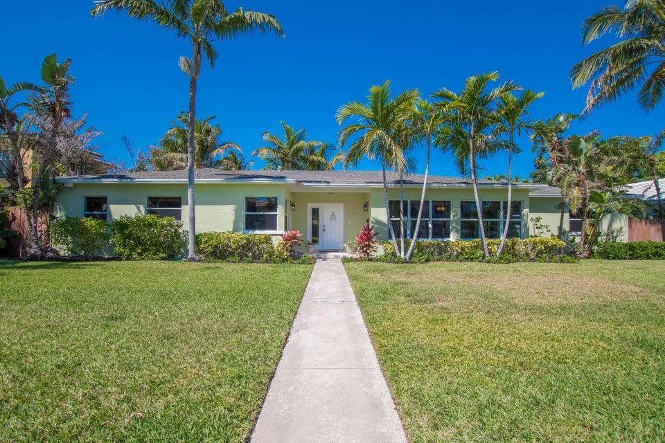225 Russlyn Drive West Palm Beach, FL 33405 photo 2