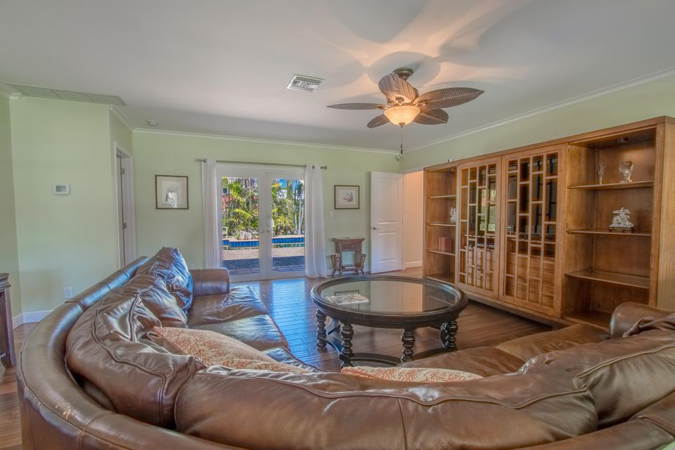 225 Russlyn Drive West Palm Beach, FL 33405 photo 17