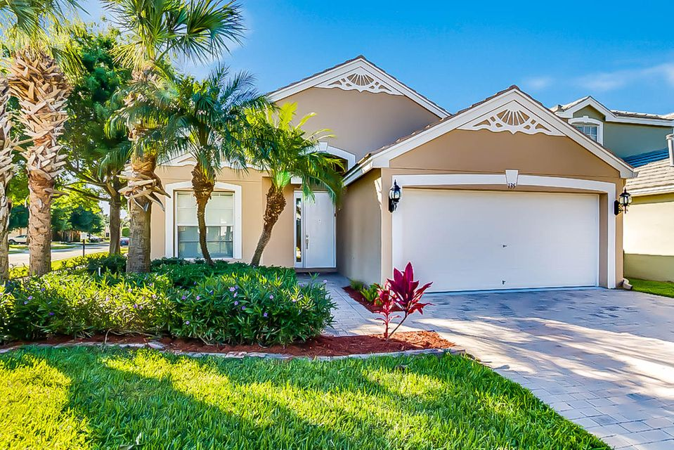 Single Family Home for Sale at 135 Lancaster Way 135 Lancaster Way Royal Palm Beach, Florida 33414 United States