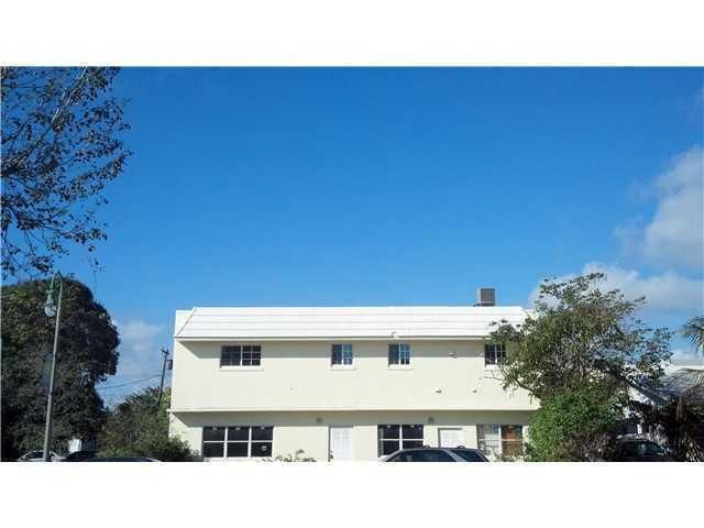 Apartment for Rent at 211 N Federal Highway # B 211 N Federal Highway # B Lake Worth, Florida 33460 United States