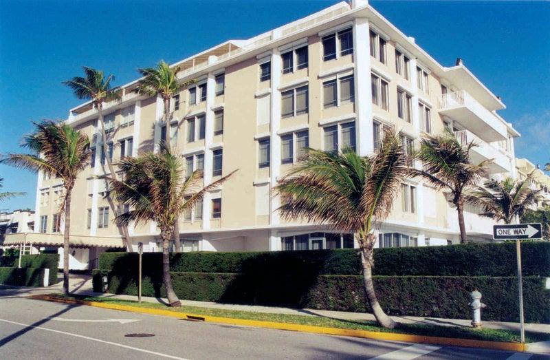 Condominium for Sale at 340 S Ocean Boulevard # 1-G 340 S Ocean Boulevard # 1-G Palm Beach, Florida 33480 United States
