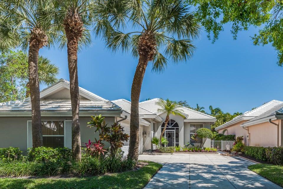 1200 Gator Trail  West Palm Beach, FL 33409