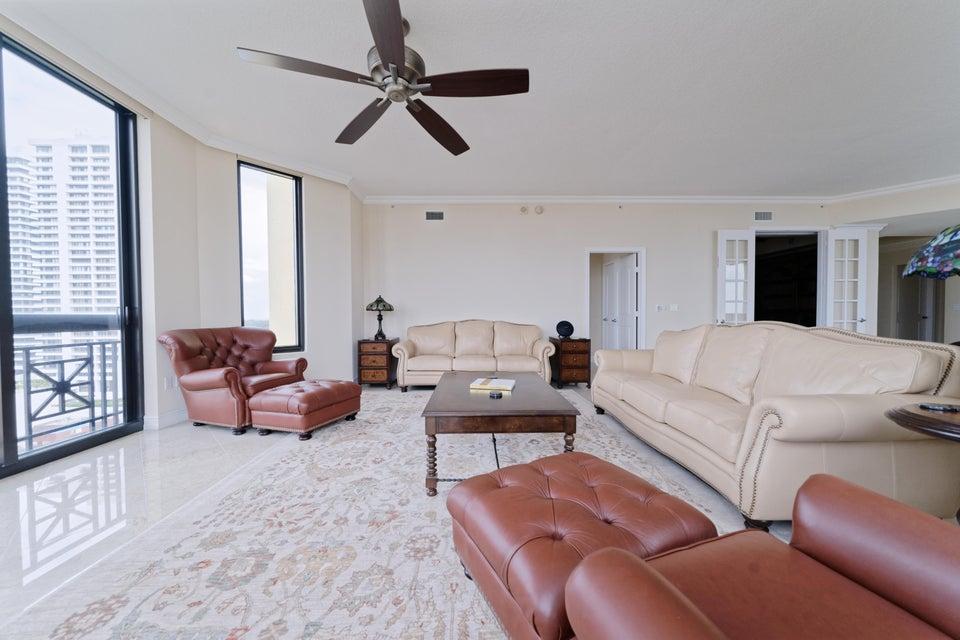 701 S Olive Avenue 824 West Palm Beach, FL 33401 photo 2