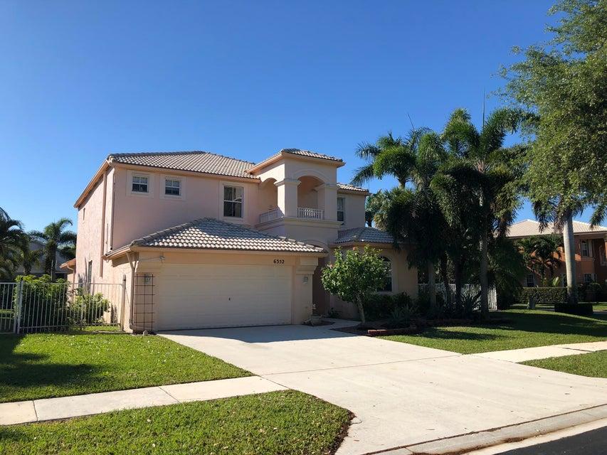6352 Stonehurst Circle  Lake Worth FL 33467