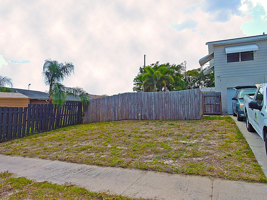 601 Grove Street Lake Worth, FL 33461 photo 8