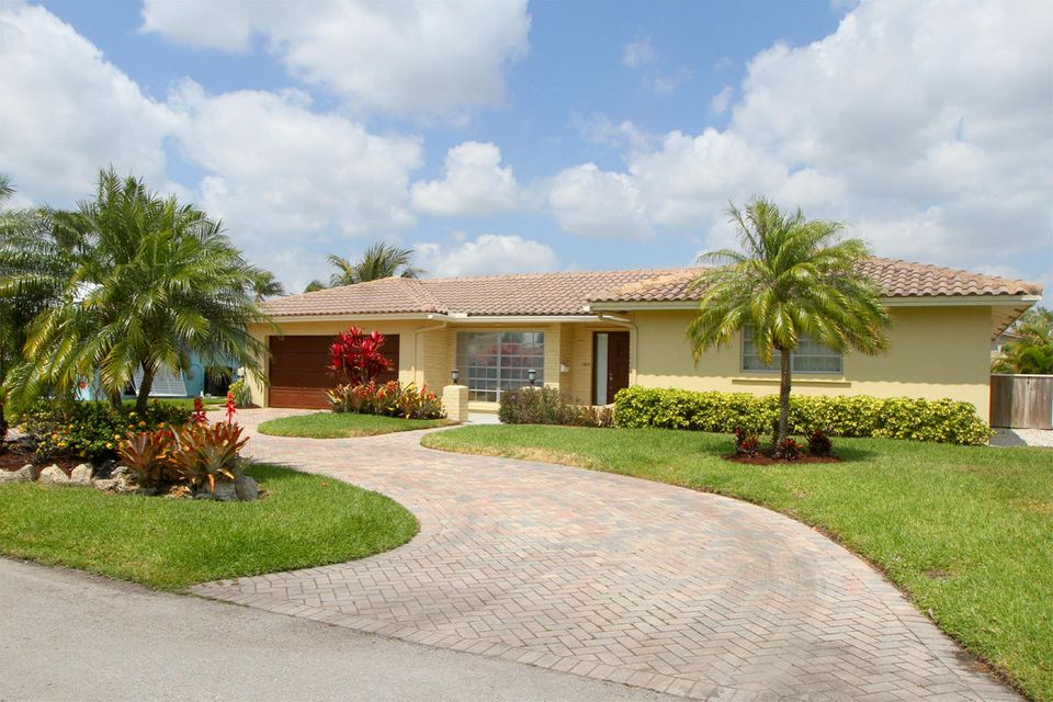Single Family Home for Rent at 1525 SE 6 Street 1525 SE 6 Street Deerfield Beach, Florida 33441 United States