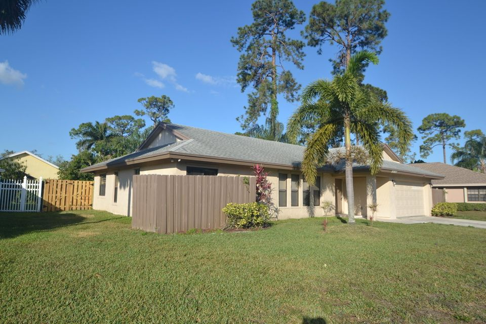 Single Family Home for Rent at 13701 Exotica Lane 13701 Exotica Lane Wellington, Florida 33414 United States