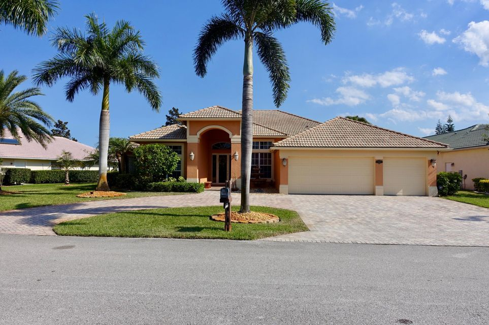 Single Family Home for Sale at 5320 SW Landing Creek Drive 5320 SW Landing Creek Drive Palm City, Florida 34990 United States