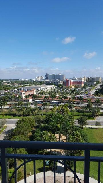 Condominium for Rent at 300 S Australian Avenue # 1004 300 S Australian Avenue # 1004 West Palm Beach, Florida 33401 United States