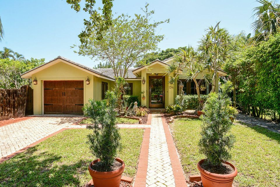 Single Family Home for Rent at 134 Seville Road 134 Seville Road West Palm Beach, Florida 33405 United States