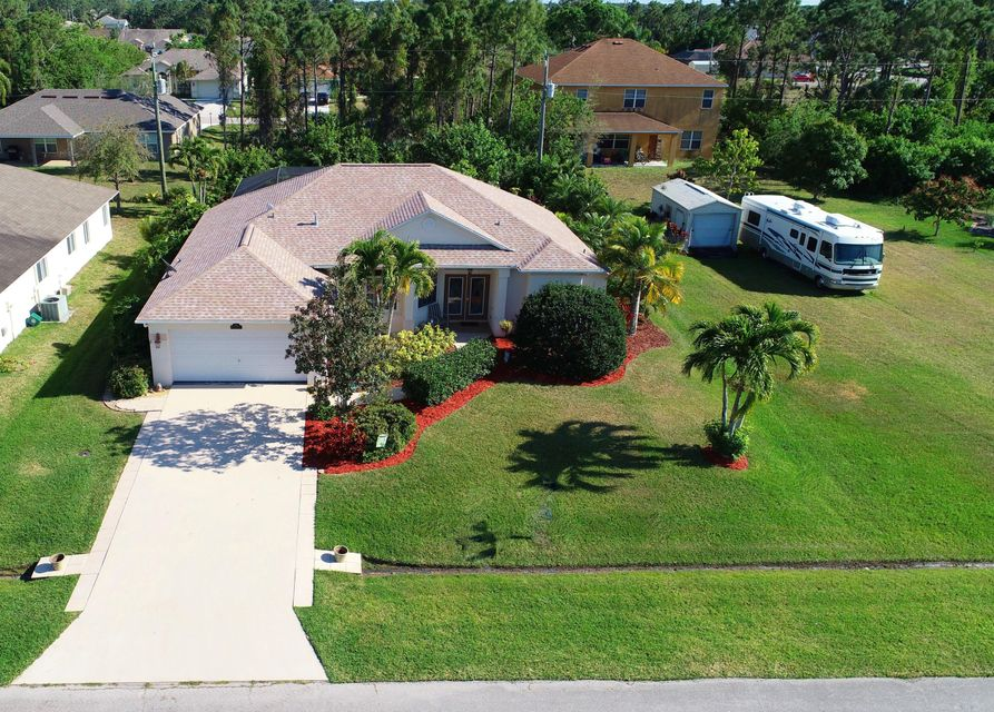 Single Family Home for Sale at 374 SW Donna Terrace 374 SW Donna Terrace Port St. Lucie, Florida 34984 United States