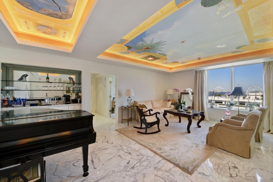 Condominium for Sale at 150 Bradley Place # 604 150 Bradley Place # 604 Palm Beach, Florida 33480 United States