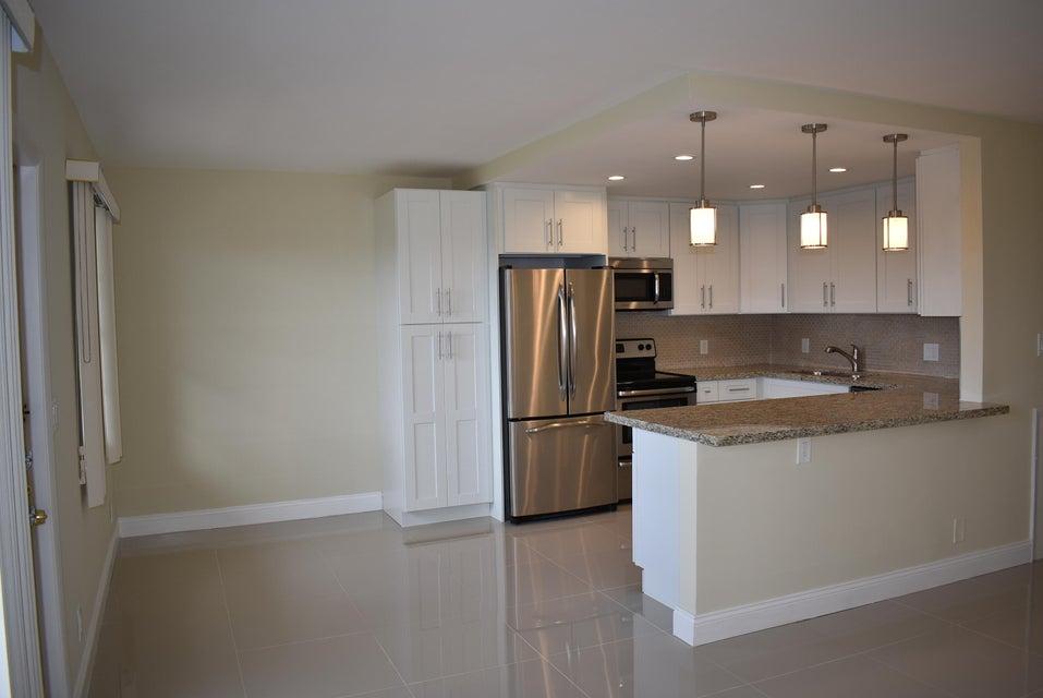 Condominium for Sale at 4025 Rexford B # 4025 4025 Rexford B # 4025 Boca Raton, Florida 33434 United States