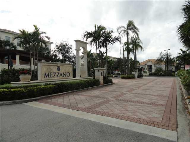 Condominium for Rent at 9825 Baywinds Drive # 1305 9825 Baywinds Drive # 1305 West Palm Beach, Florida 33411 United States