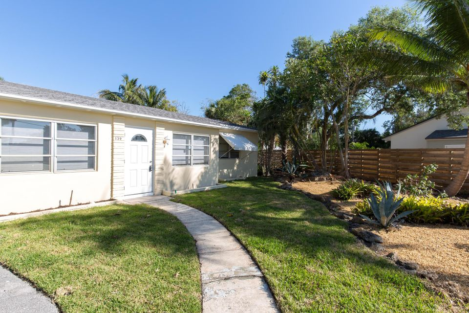 139 Prospect Road Lake Worth, FL 33462 photo 1