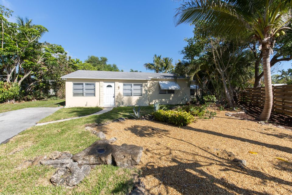 139 Prospect Road Lake Worth, FL 33462 photo 2