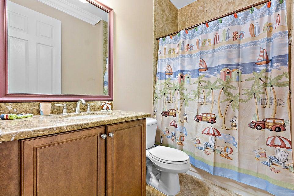 8540 Briar Rose Point Boynton Beach FL 33473 - photo 17