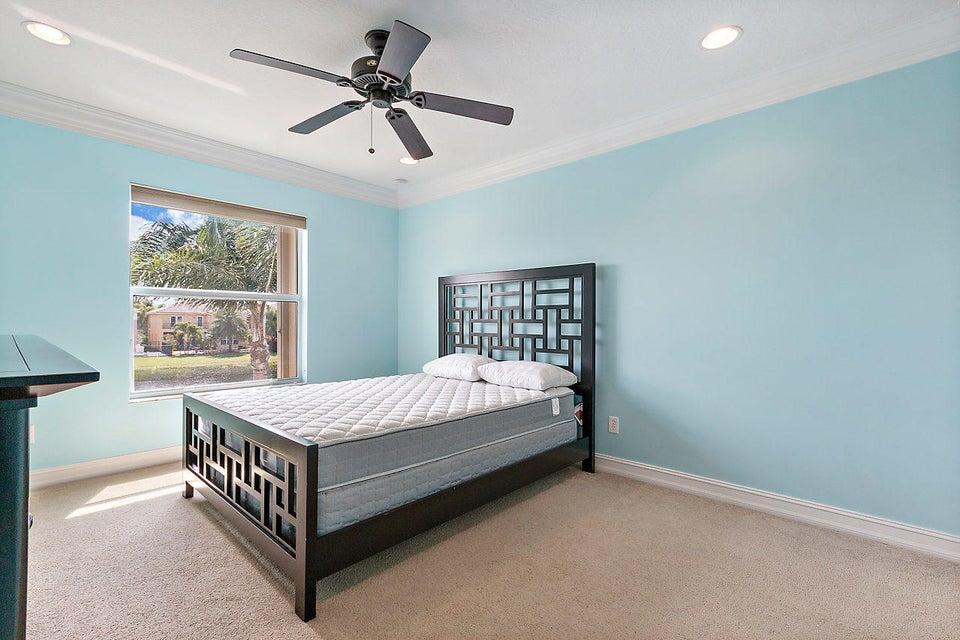 8540 Briar Rose Point Boynton Beach FL 33473 - photo 18