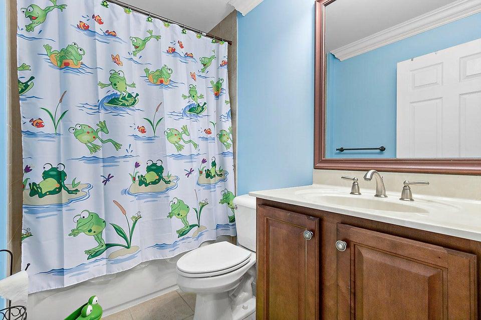 8540 Briar Rose Point Boynton Beach FL 33473 - photo 23