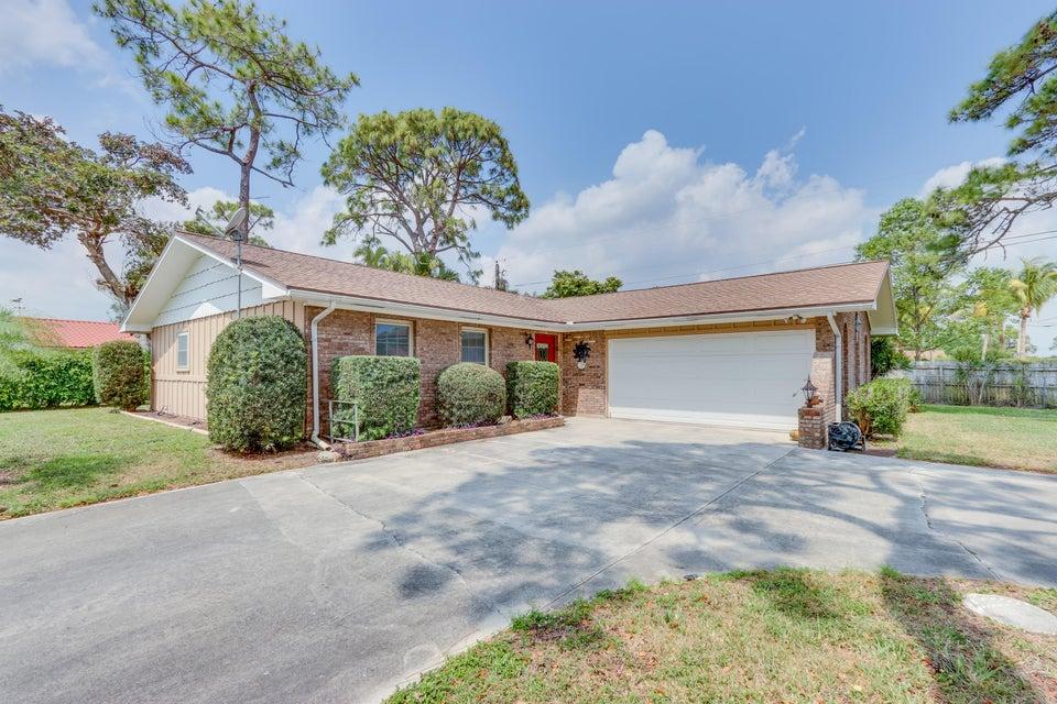 6301 Boyd Lane  Lake Worth, FL 33462