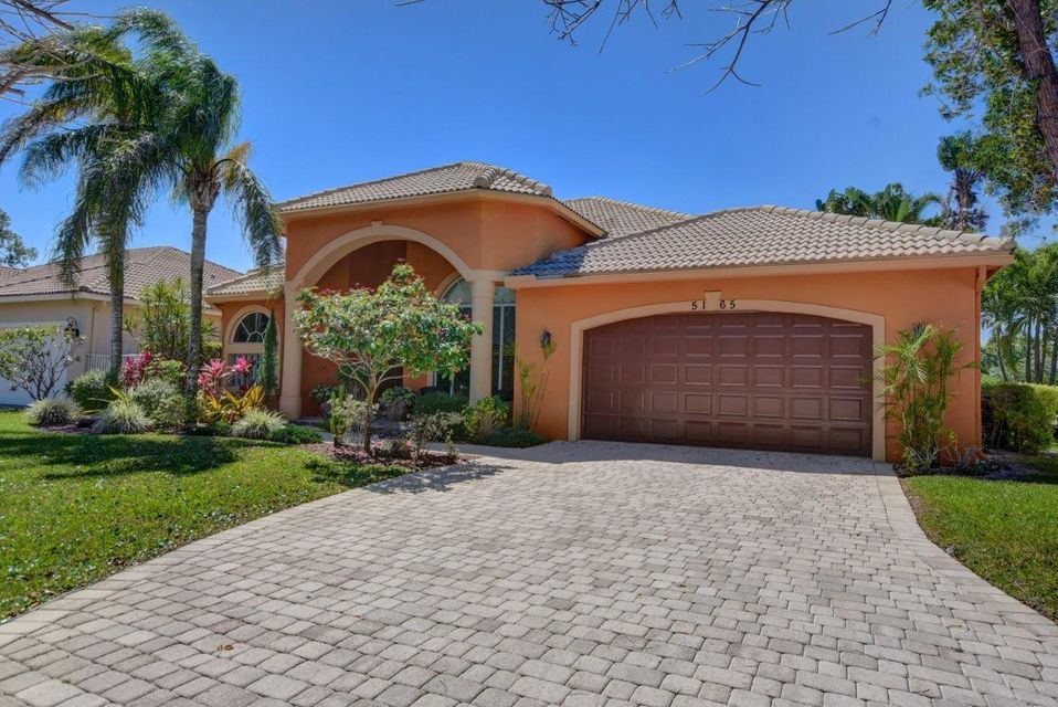 Single Family Home for Sale at 5165 NW 50th Terrace 5165 NW 50th Terrace Coconut Creek, Florida 33063 United States