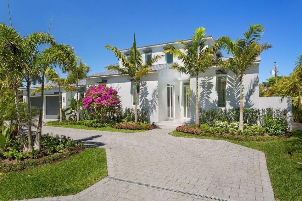 Single Family Home for Sale at 1209 Harbor Drive 1209 Harbor Drive Delray Beach, Florida 33483 United States