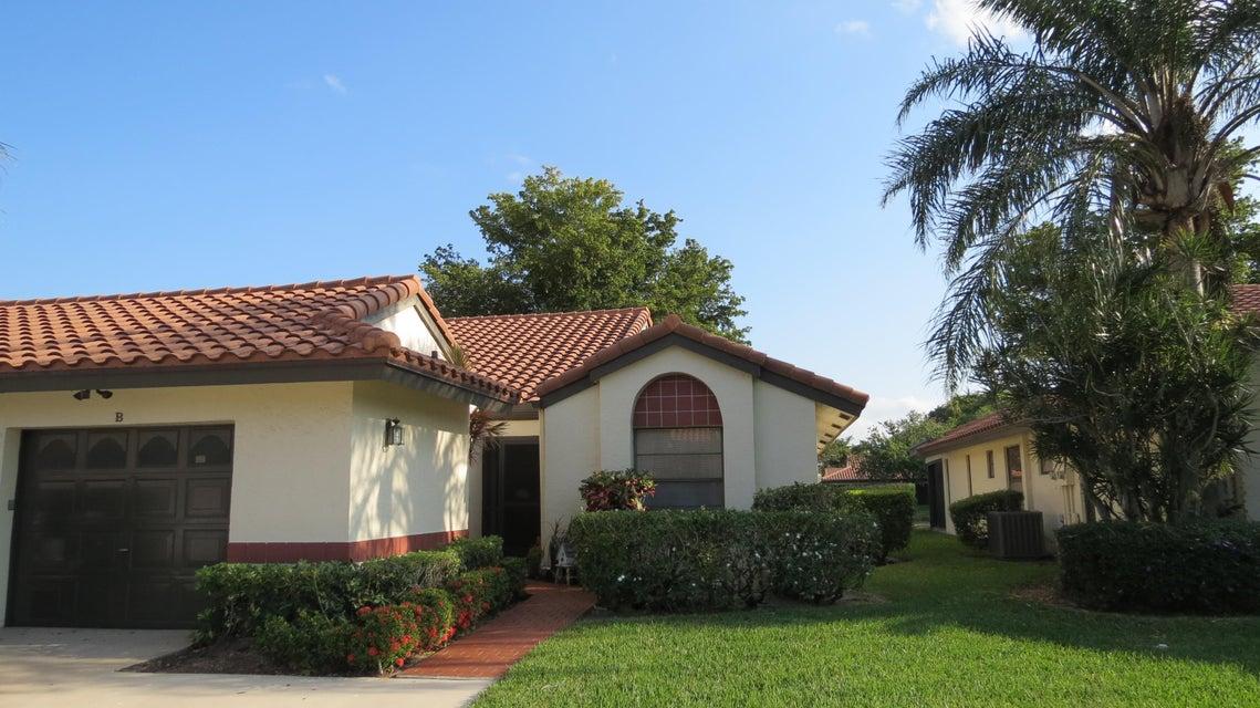 Palm Chase Lakes home 5912 Autumn Lake Lane Boynton Beach FL 33437